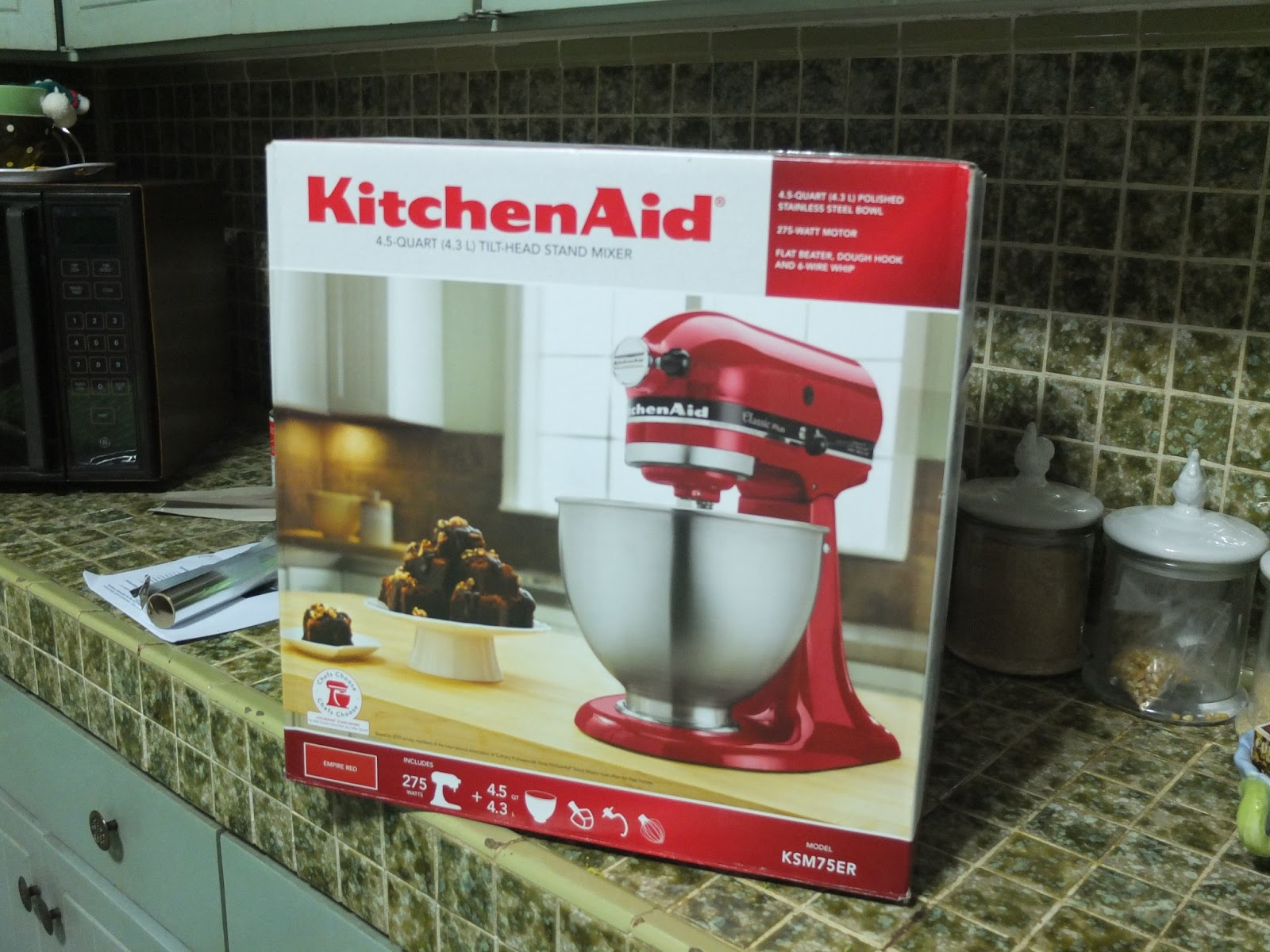 Kitchen Aid Red Measuring Cups And Spoons