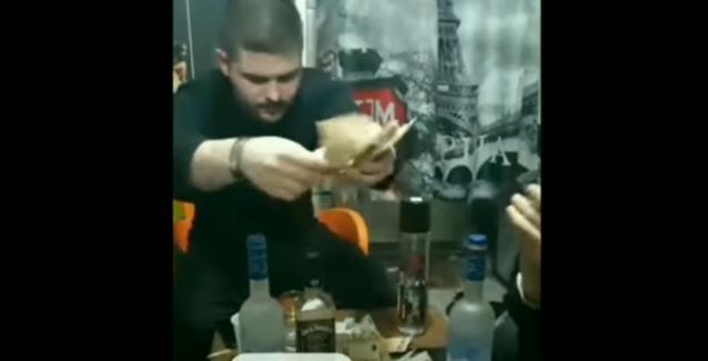 Φυλακές Κορυδαλλού: Πάρτι Αλβανών κρατουμένων σε Live μετάδοση, με χιλιάδες ευρώ και αλκοόλ, σε κελιά σουίτες BINTEO