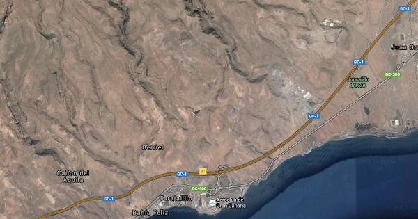 Se sale e incendia un coche de la GC-1, sur Gran Canaria