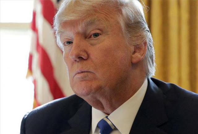A vuelapluma. Impeachment: Â¿Se debe procesar a Donald Trump?
