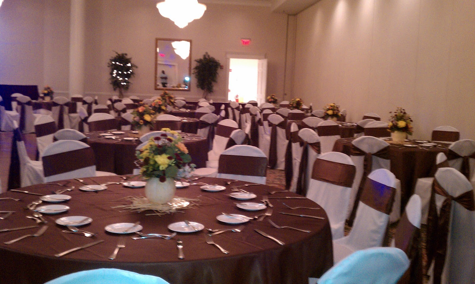 chair cover rentals alexandria va folding vinyl padded le fabuleux events and party springfield