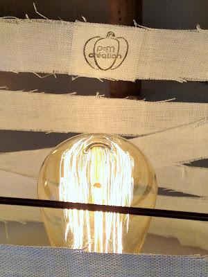 lampe faite avec du lin
