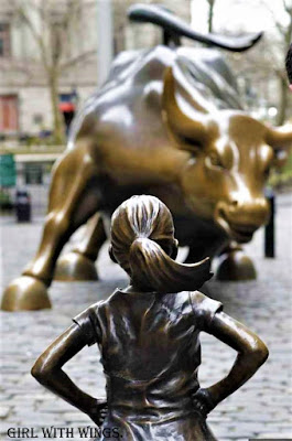 Charging Bull and The Fearless Girl, New York.
