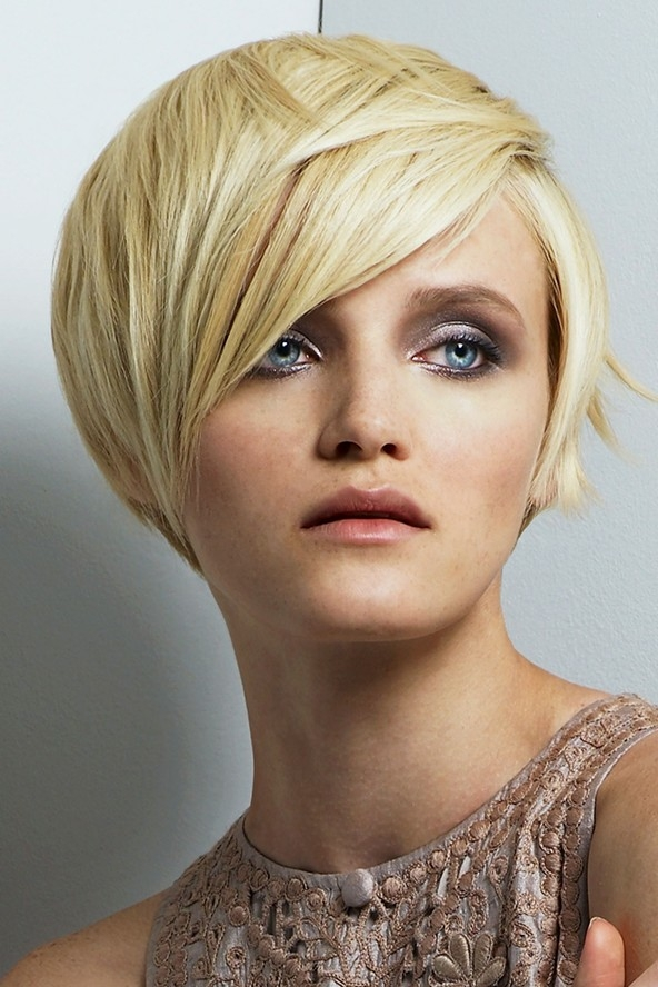 Haircuts and hairstyles for long faces  Tips and tricks