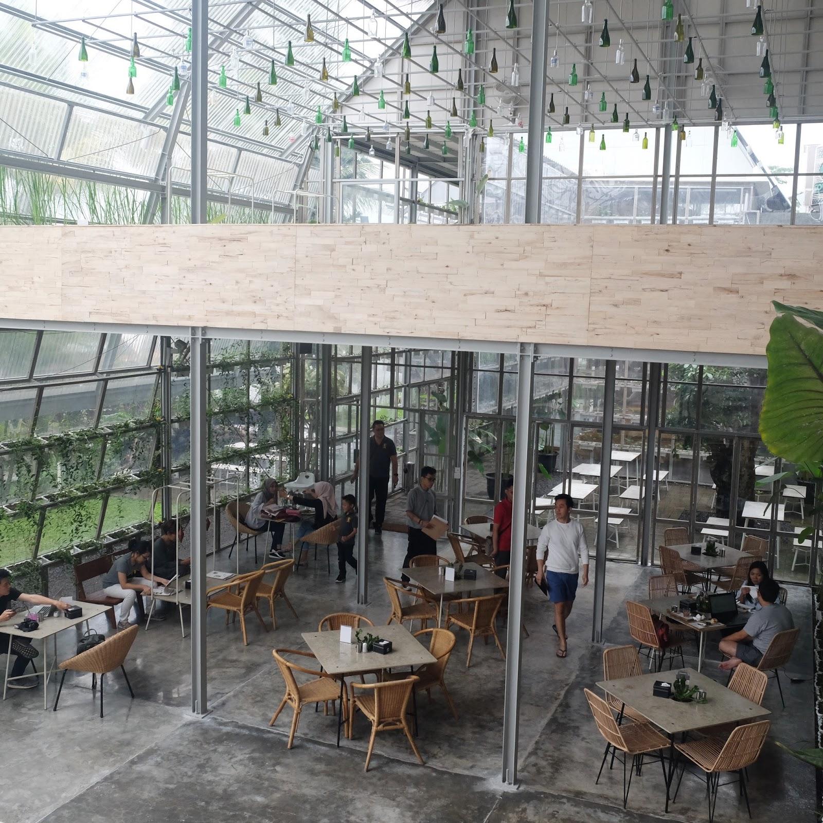 Tummy Prosperity Mezzanine Dining In A Glasshouse