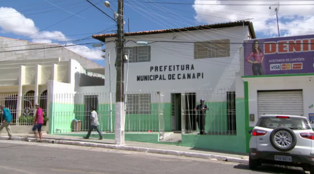 Prefeitura de Canapi firma contrato de mais de R$ 1,4 milhão  para execução de obras de engenharia no município