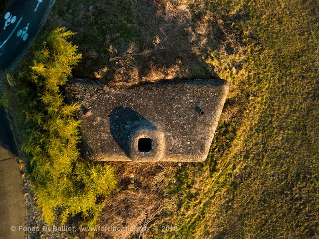 Casemate SFCO caserne Abbatuci - vue d'apex illustrant parfaitement l'observatoire.