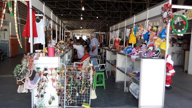 Feira de artesãos é realizada em Delmiro Gouveia