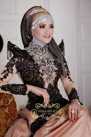 Kebaya Mewah Untuk Resepsi Pernikahan Model Black Magic