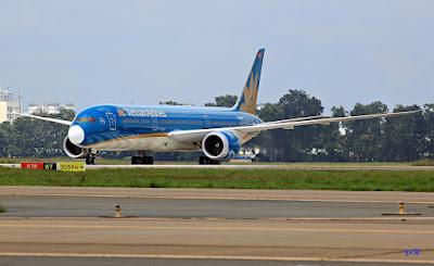 Đại diện Tổng công ty cảng hàng không khẳng định giá dịch vụ cất hạ cánh tăng không làm tăng giá vé máy bay.