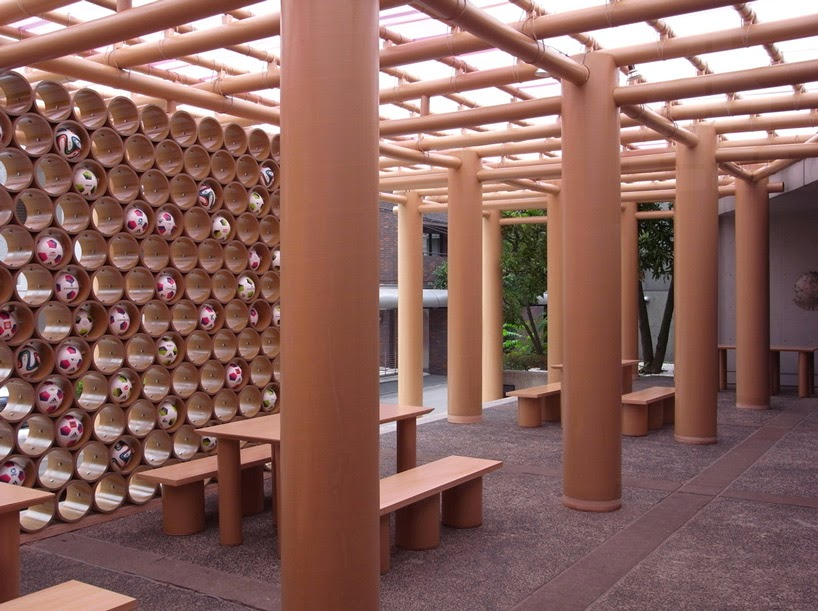 pabellon para el mundial brasil 2014 con tubos reciclados de carton. Black Bedroom Furniture Sets. Home Design Ideas