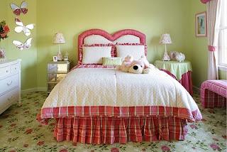 Cuarto juvenil rosa y verde