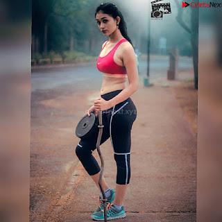 Anjali Kapoor beautiful Indian Model iin Bikin Stunning Pics ~ .xyz Exclusive 011.jpg
