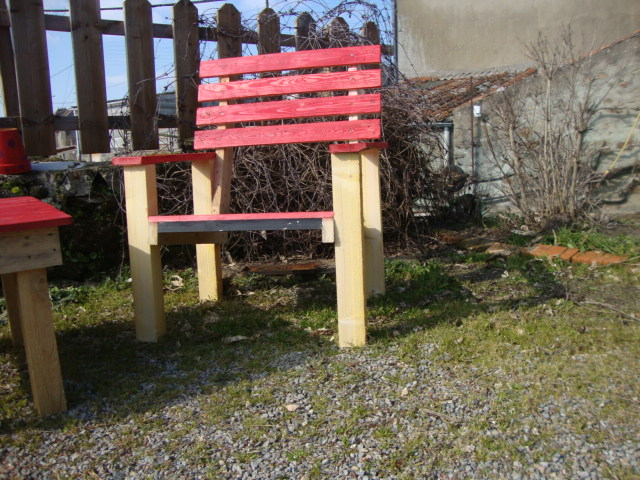 recyclage palettes mobilier de jardin en palettes 2. Black Bedroom Furniture Sets. Home Design Ideas