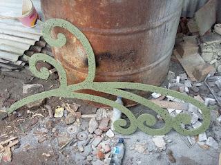 Contoh ornamen Tiang Lampu PJU Antik, Dekoratif (Dekorative)