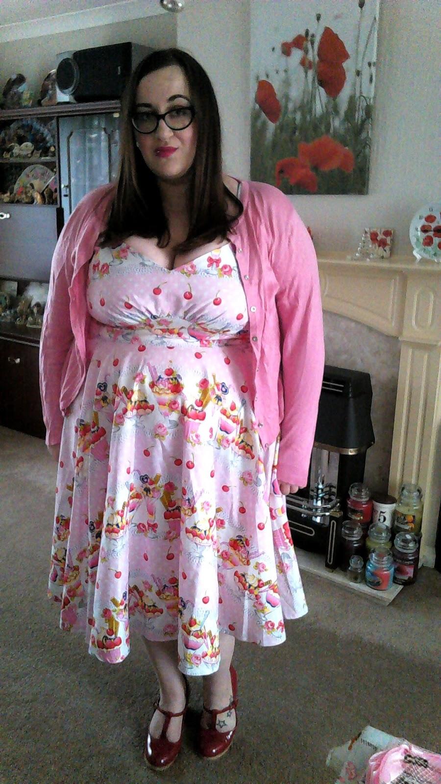 fat plus size girl bbw (size 20/22) wearing a polka dot polly sundae dress