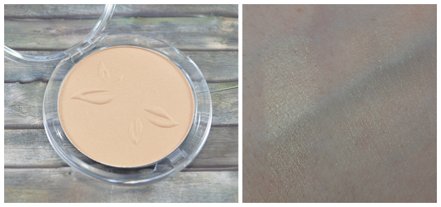 Alverde teint illuminating powder Swatch
