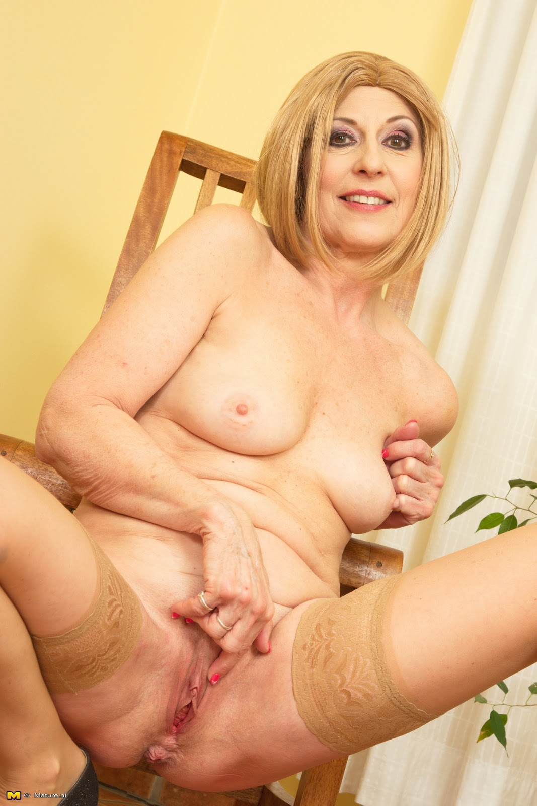 Archive Of Old Women Danny Mature Solo-8078