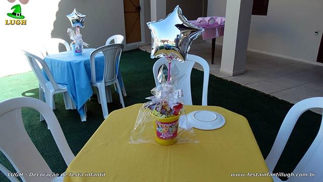 Enfeites de centro das mesas dos convidados