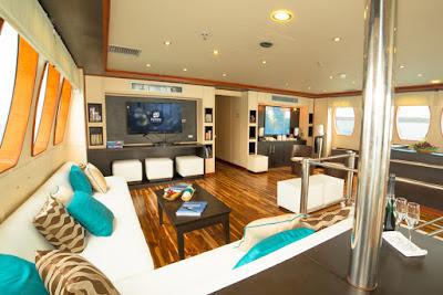 Majestic Explorer Lounge