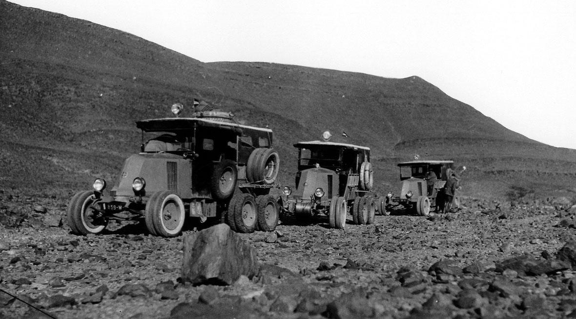 1923-25 | Renault 10CV Type MH 6x6 Sahara