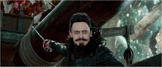Hugh Jackman es Barbanegra en Pan