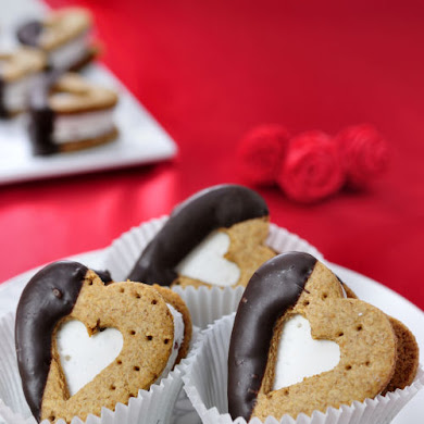 Heart Shaped Valentine's Day S'mores Recipe