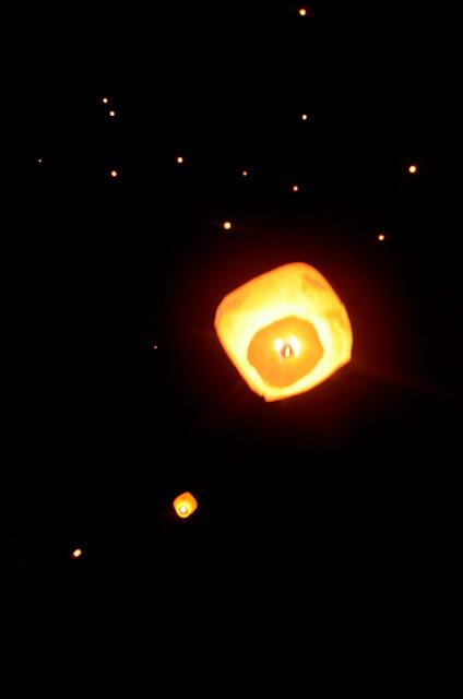 Pesta 1000 Lampion di Bukit Kasih Kanonang, Minahasa - Sulawesi Utara
