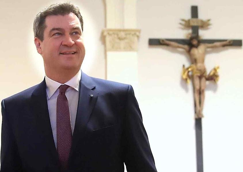 Markus Söder, primer ministro estadual diz que a Cruz é símbolo da identidade bávara