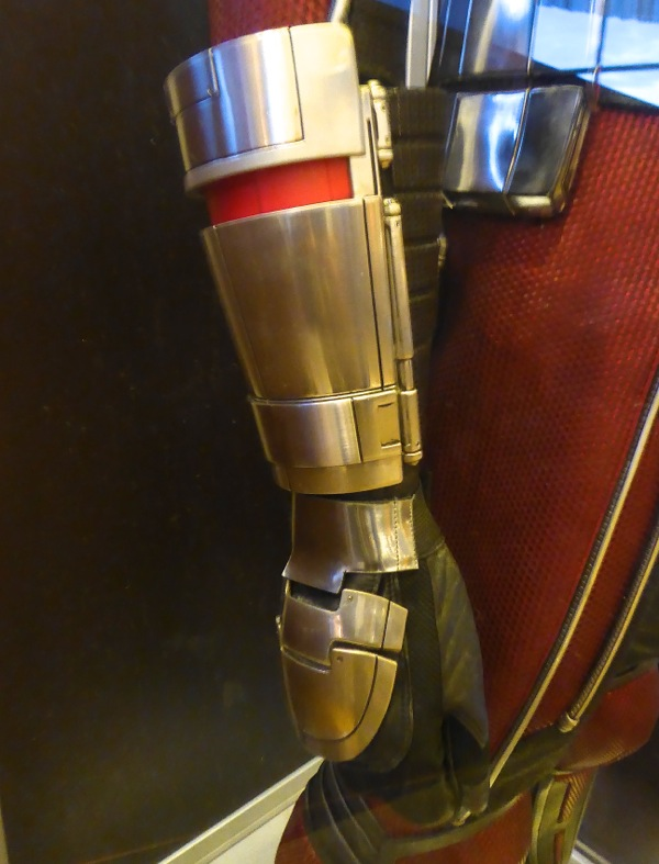 Ant-Man gauntlet Captain America Civil War costume