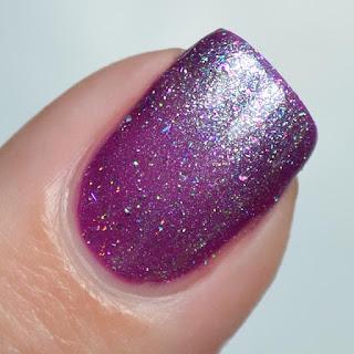 silver nail polish topper