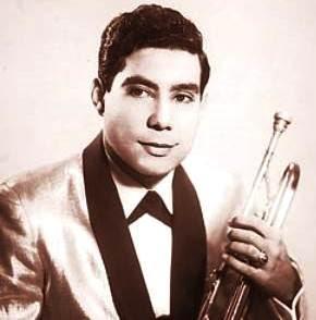 Foto de Tommy Olivencia con su trompeta