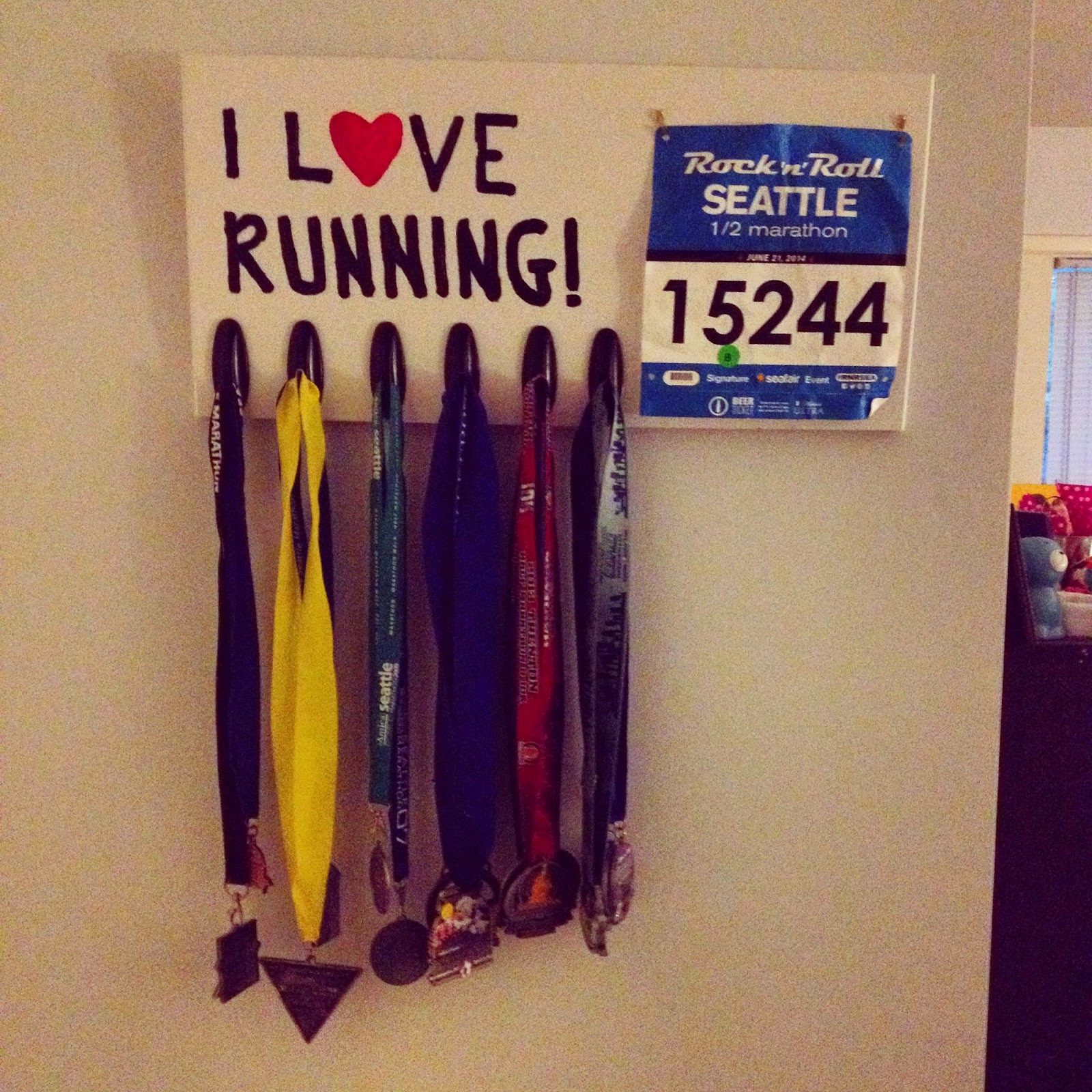 DIY Medal & Bib Holder