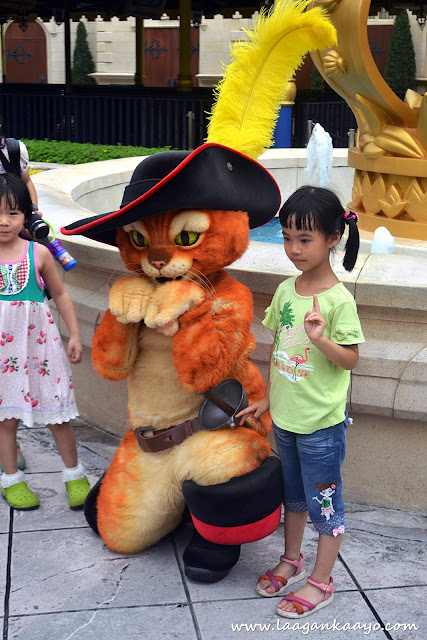 Puss and Boots at Universal Studios Singapore