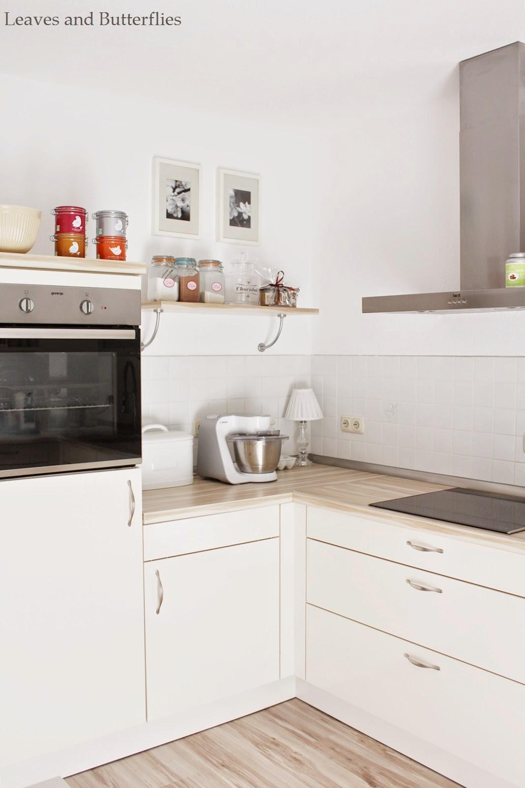 kleiner einblick in mein wohnzimmer und meine k che. Black Bedroom Furniture Sets. Home Design Ideas