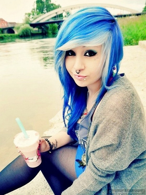 Naked Girls With Blue Hair