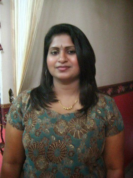 Amazing Look World  Desi Bhabhi Pics Hot Aunty 2015-2422