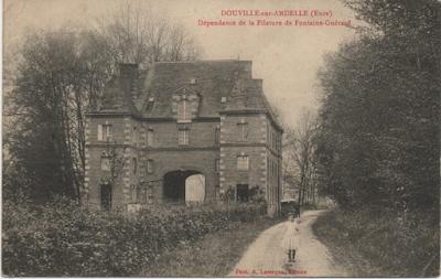 Filature Levavasseur sur l'Andelle - Fontaine-Guérard - La maison du directeur, entrée par laquelle passaient  la plupart des ouvrières