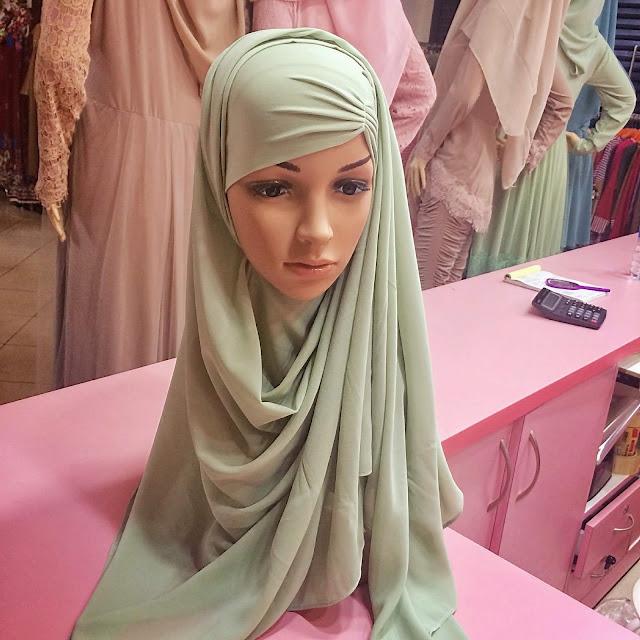 インドネシアの若者に人気なおしゃれヒジャブが流行中