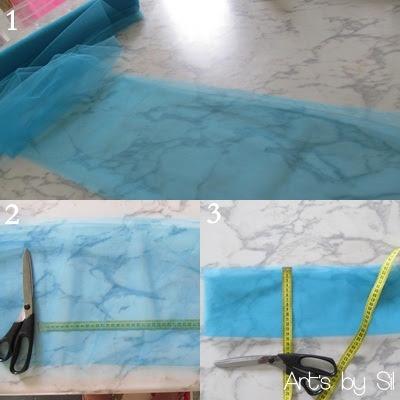 24dfc467eb65 Após cortar o tule dobre mais uma vez (figura 3), assim você terá um  retângulo de aproximadamente 15cm x 40cm.