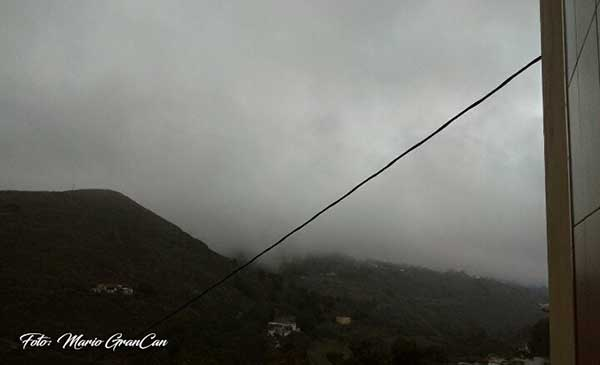 Niebla en la Peña, El Palmas de Teror / Foto: Mario  GranCan