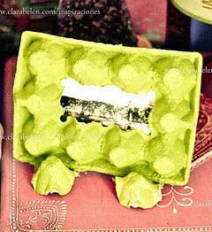 http://clarabelen.com/inspiraciones/1200/dar-un-nuevo-uso-convertir-cartones-de-huevos-en-marcos-de-fotografias/