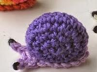 http://natasnest.blogspot.de/2013/10/little-snails-free-pattern.html