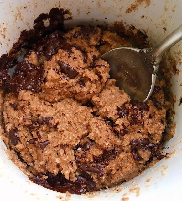 Triple Chocolate Protein Mug Cake (Gluten Free, Vegan, Oil Free)
