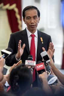 Waduh Kok Bisa ? Presiden Pertanyakan Kenaikan Tarif STNK  dan BPKB Sampai Tiga Kali Lipat - Commando