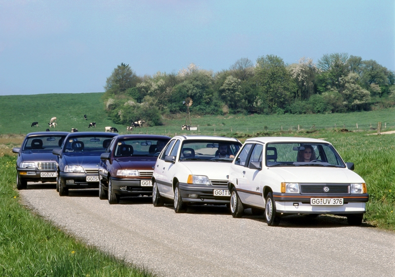 Riwal888 - Blog: 30 Years Ago: Opel First to Offer 3-Way