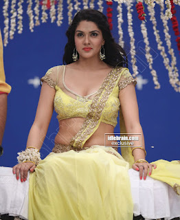 Sakshi Chodary in Yellow Transparent Sareei Choli Spicy Pics 08 .xyz.jpg