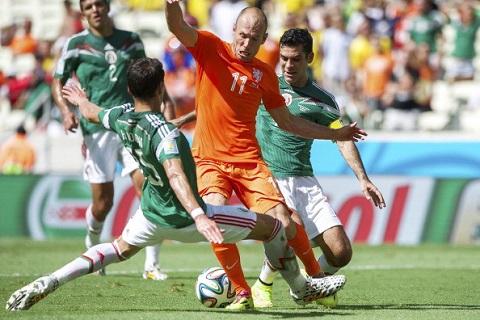 Robben luôn có những pha đi bóng xuất thần