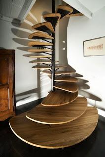 Contoh Desain Tangga Spiral Atau Putar  Minimalis Terbaru