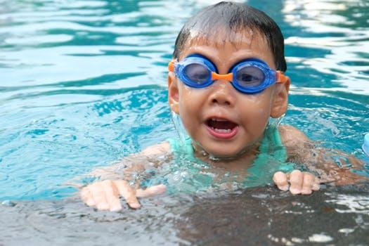 manfaat renang untuk anak - tips dan cara